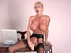 Blonde milf sucks dick n licks nuts